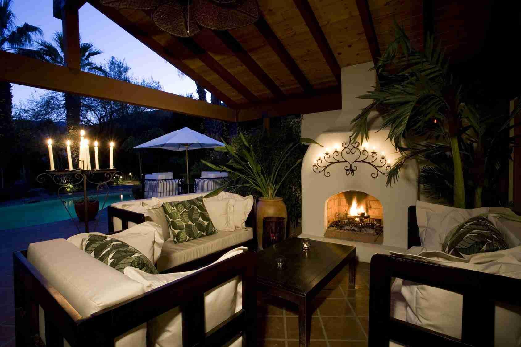 Custom Builder Outdoor Space